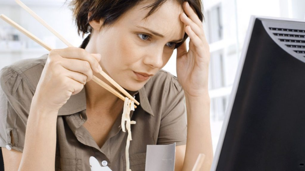 Nie jem ze stresu lub objadam się – dlaczego